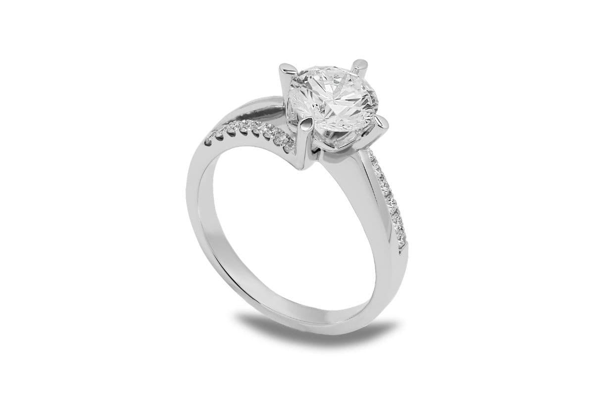 エンゲージリング=婚約指輪